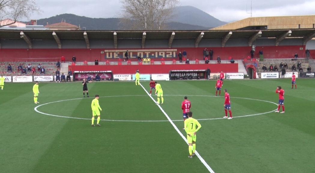El FC Andorra cau 3 a 0 al camp del cuer i continua amb el malefici de no ser líder