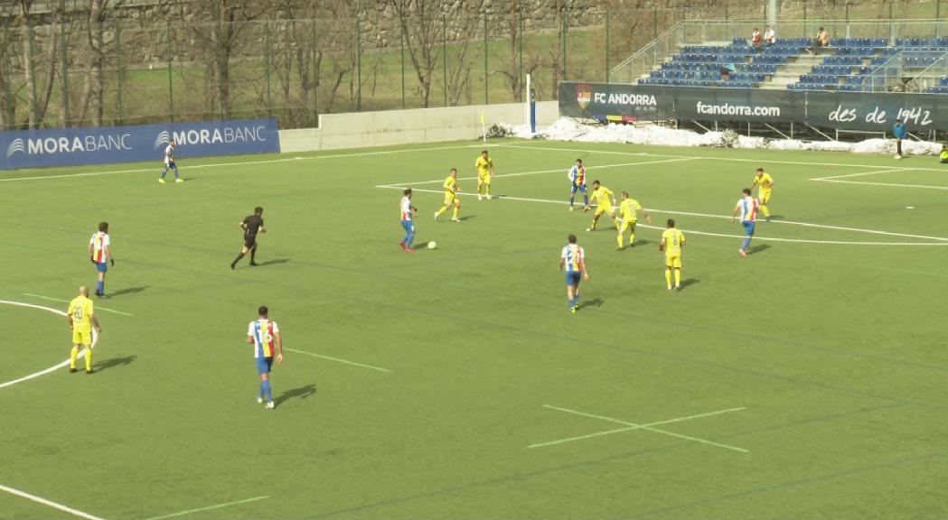 El FC Andorra guanya l'Oriola i trenca una ratxa de vuit jornades sense conèixer la victòria (2-1)