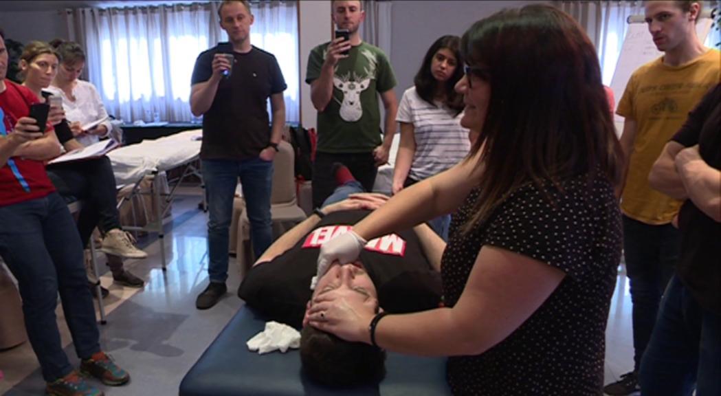 Els fisioterapeutes amplien coneixements sobre el dolor miofacial