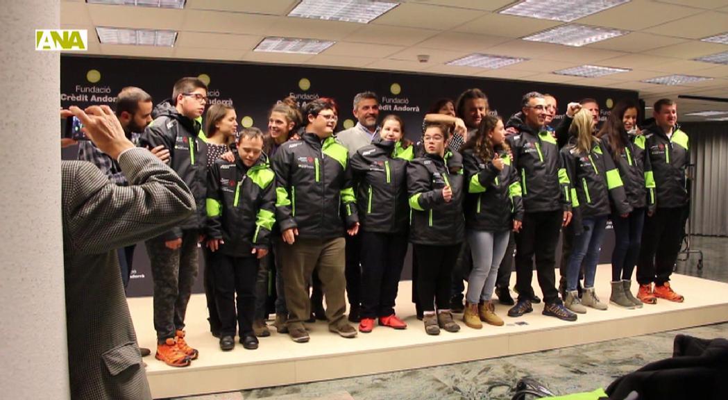 La Fundació Crèdit Andorrà lliura el nou equip d'esquí alpí als Special Olympics