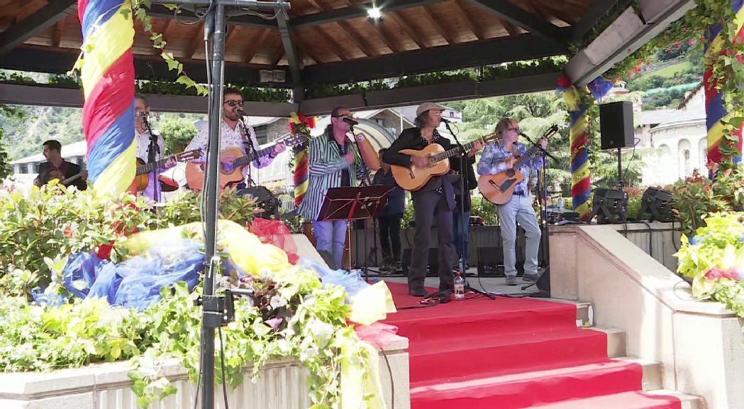 Ganes de ballar al ritme de Los Manolos a la Festa del Poble d'Andorra la Vella