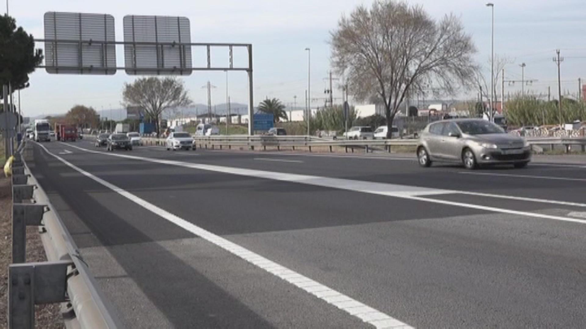 El Govern hauria descartat tramitar per la ITV el distintiu de vehicles andorrans per accedir a la zona de baixes emissions de Barcelona