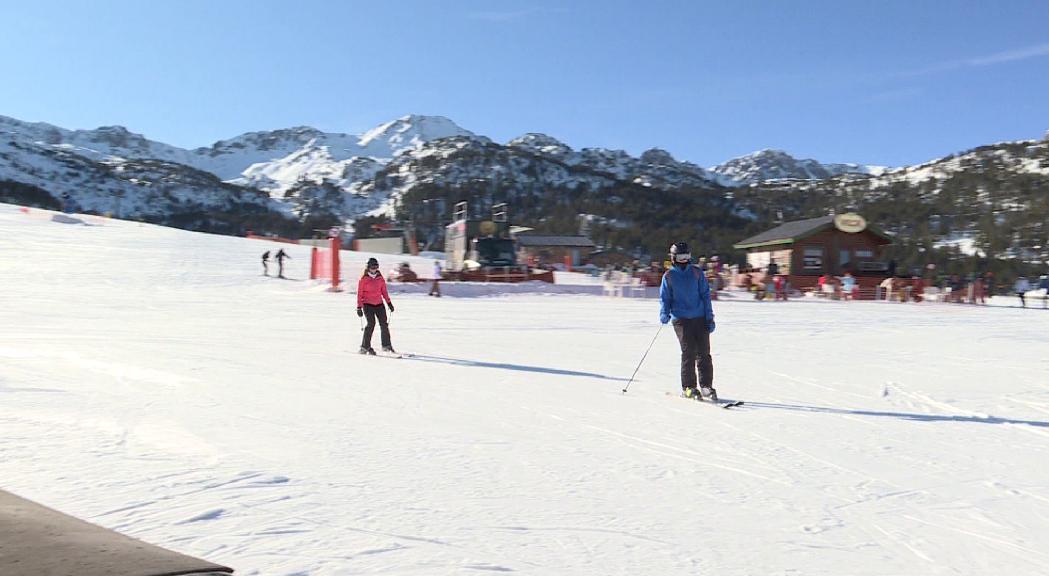 Grandvalira rep prop de 330.000 esquiadors durant les festes, la millor dada dels darrers 5 anys