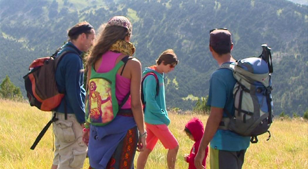 Els guies turístics i de muntanya animen la població a redescobrir Andorra de la seva mà aquest estiu