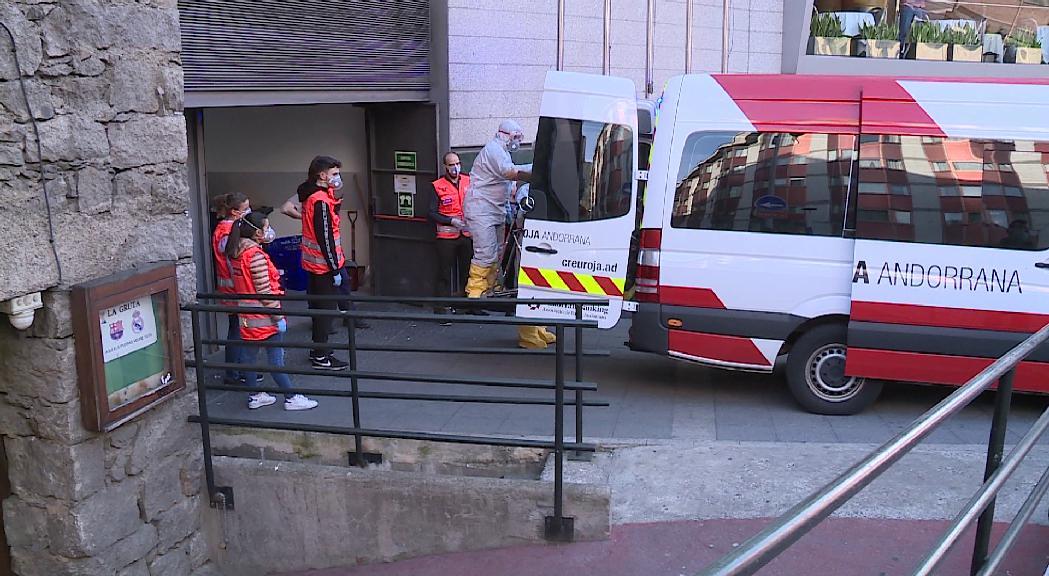 Els hotels amb padrins del Cedre i la residència Salita adapten els plans d'evacuació