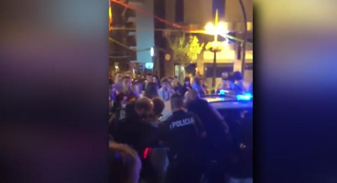 Identificats els joves que van sostreure les claus d'un cotxe de policia durant els aldarulls a Sant Julià