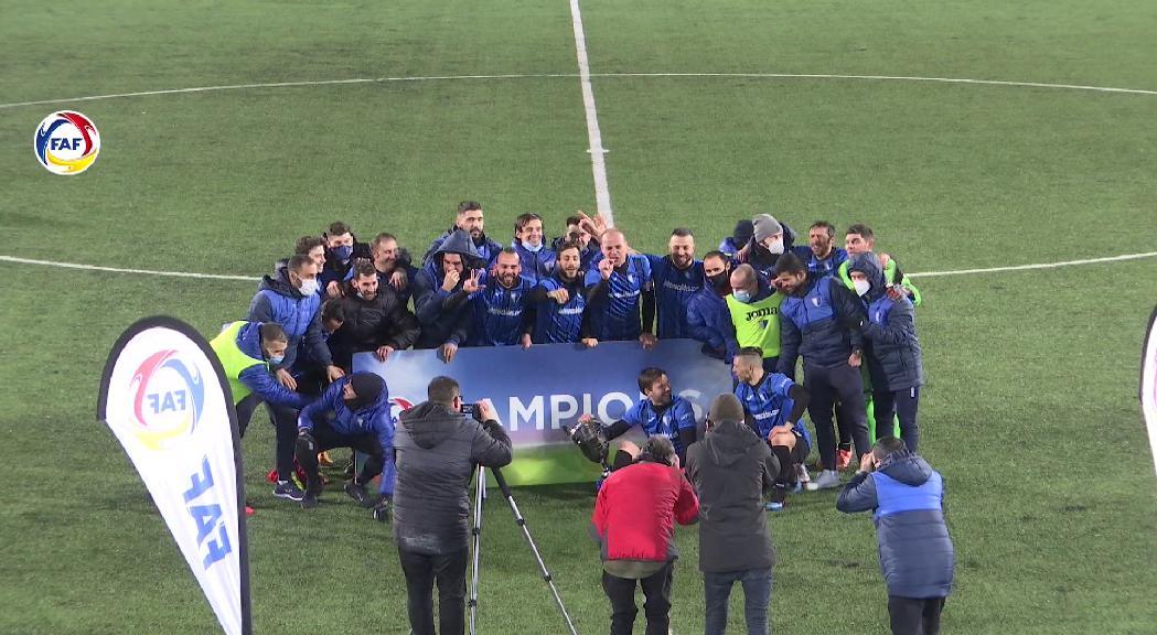 L'Inter d'Escaldes guanya la Supercopa i signa el primer triplet de la seva història