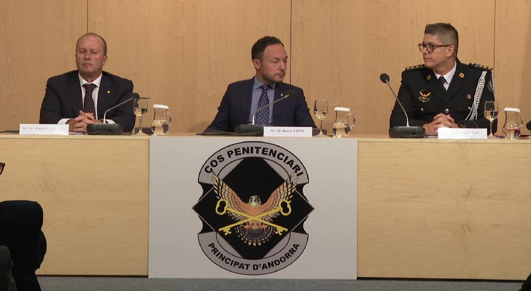 Interior desplegarà els reglaments del cos penitenciari en consens amb els sindicats