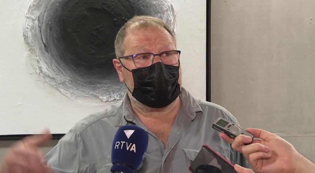 Jordi Font es mostra sorprès per la sortida de Rosa Gili del PS i l'emplaça a especificar les desavinences