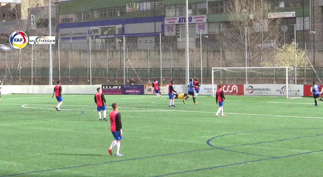 La lliga de futbol haurà d'acabar abans del 21 de juny