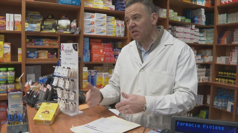 Les farmàcies han continuat treballant durant la pand&egra