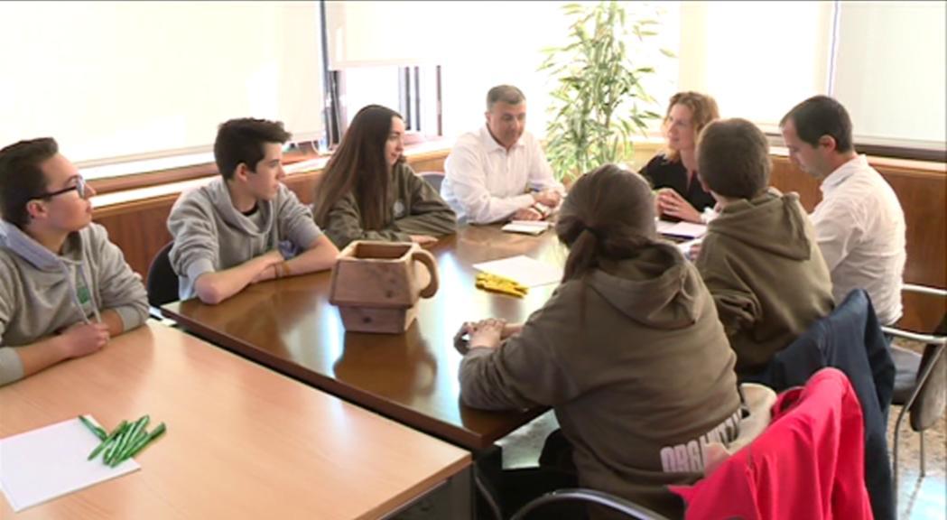 Medi Ambient encoratja els joves a continuar les accions