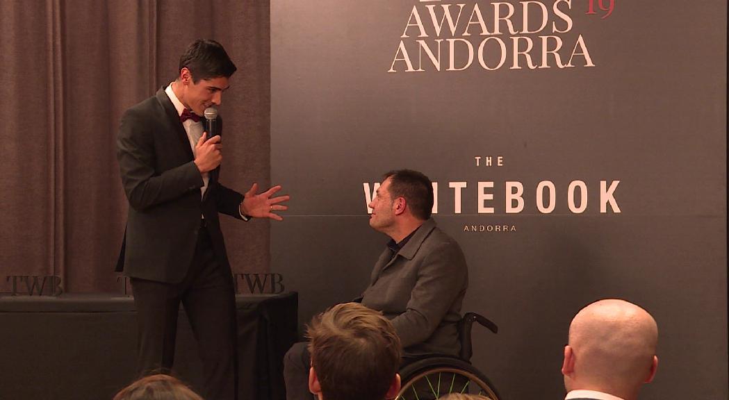 Més de 10 premiats i 6.500 euros en la subhasta benèfica dels primers premis The Whitebook Andorra