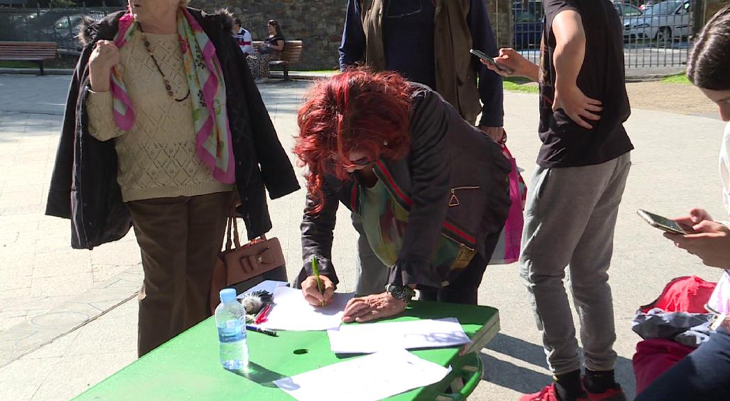 Més de 300 signatures en un sol dia a favor de la compra del parc del Prat Gran