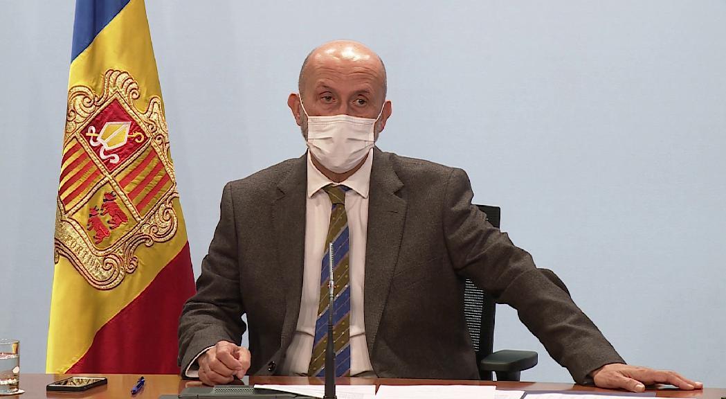 """El ministre de Salut defensa el projecte de Grifols: """"No suposarà cap perill per a la població"""""""
