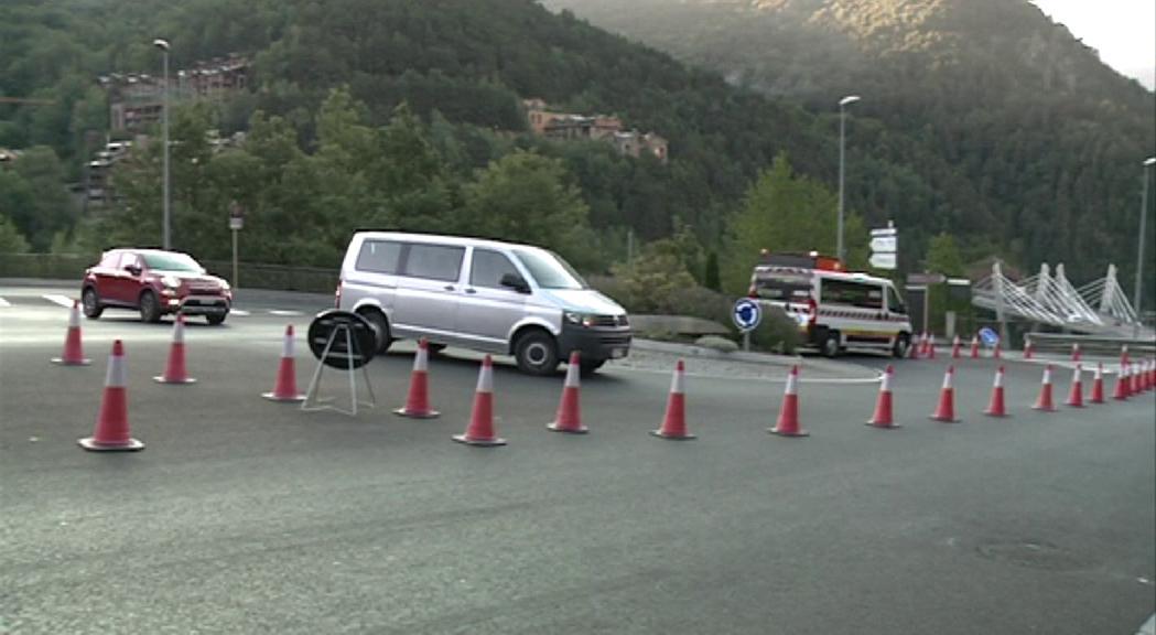 Mobilitat reobrirà el doble carril a la rotonda d'Anyós per descongestionar el trànsit a la sortida de la Massana