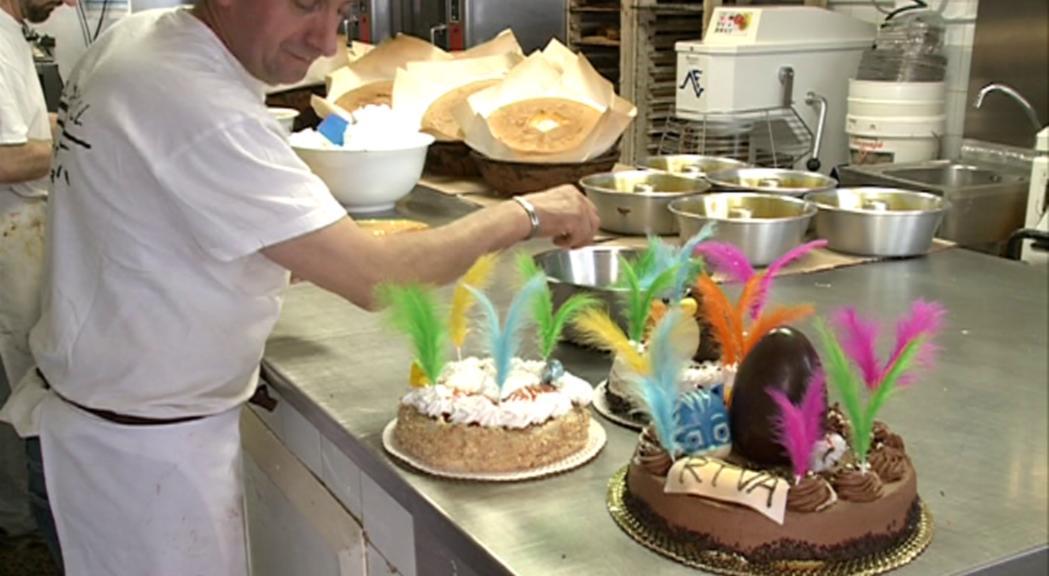 La mona de xocolata i els diferents dolços  del món són els protagonistes d'aquestes pasqües