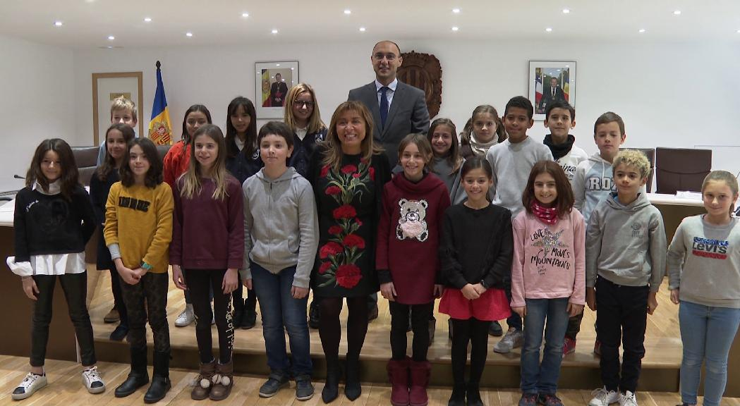 Els nens d'Andorra la Vella proposen màquines per reciclar plàstic a canvi de descomptes
