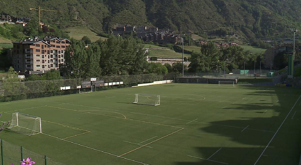 El nou estadi de Prada de Moles haurà d'acollir activitats culurals i esportius a més del futbol