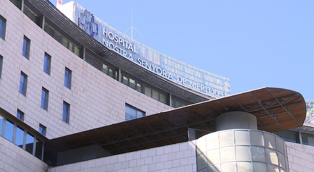 Un nou ingrés per la Covid-19 eleva la xifra d'hospita