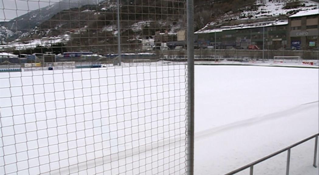 Noves dates per als partits de futbol i rugbi ajornats per la neu