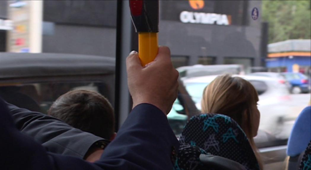 Noves queixes d'usuaris de la línia L4 d'autobusos