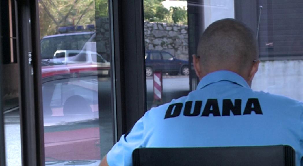 S'obre la convocatòria de dotze places per a agent de duana