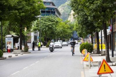 Unes obres al carrer Prat de la Creu obliguen a tallar la circulació les nits del 14 i 15 de juliol