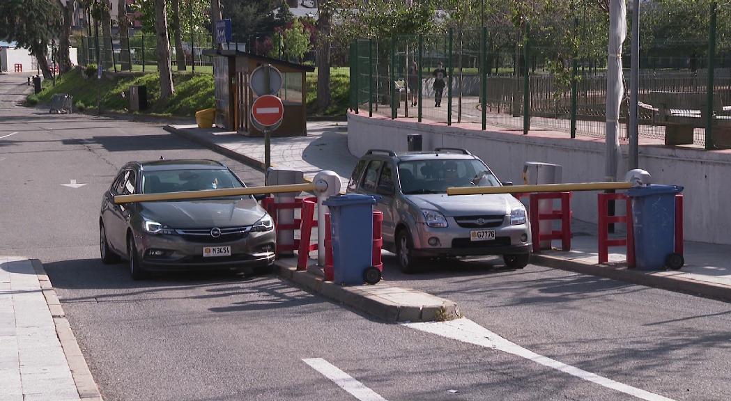 Els aparcaments comunals de l'eix central d'Andorra la Ve