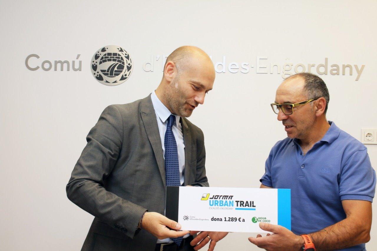 Els participants a la Jorma Urban Trail apleguen més de 1.200 euros per a l'ONG Aigua de Coco