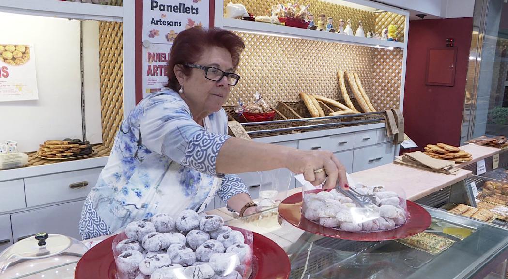 Les pastisseries animen a tastar panellets més enllà dels clàssics de pinyons
