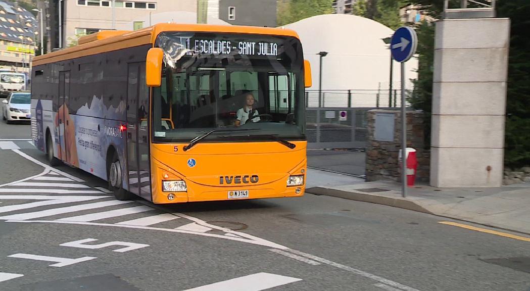 Prova pilot per ampliar l'horari del Bus Exprés amb sortides fins a les 22 hores en ambdós sentits