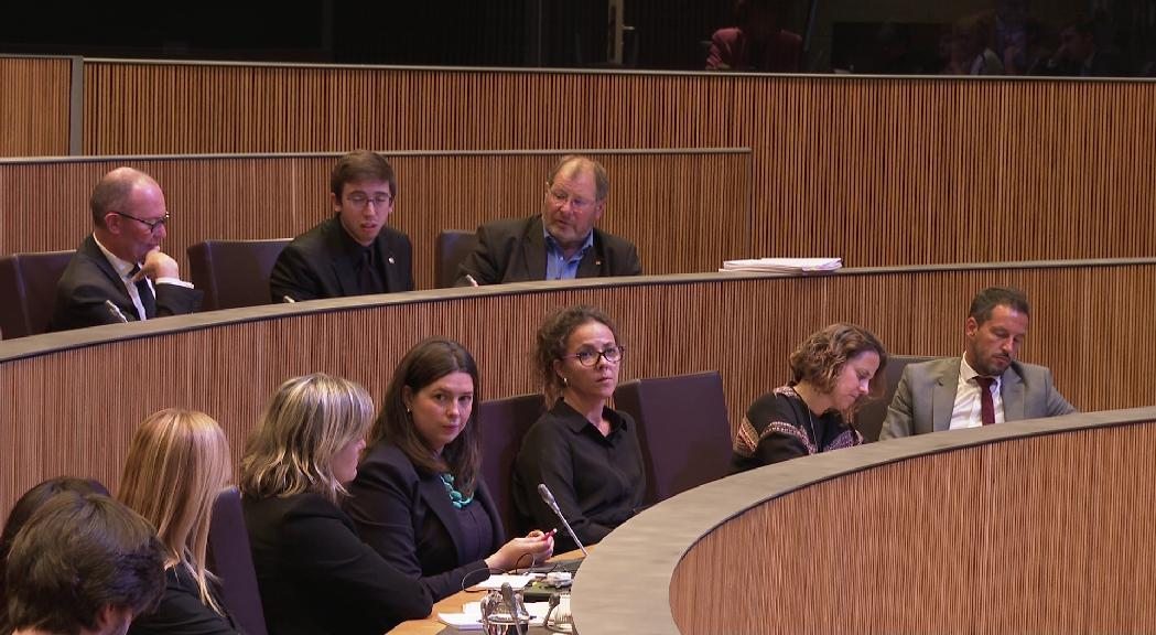 El PS estirarà el fil sobre les despeses dels avortaments a la CASS mitjançant preguntes al Govern