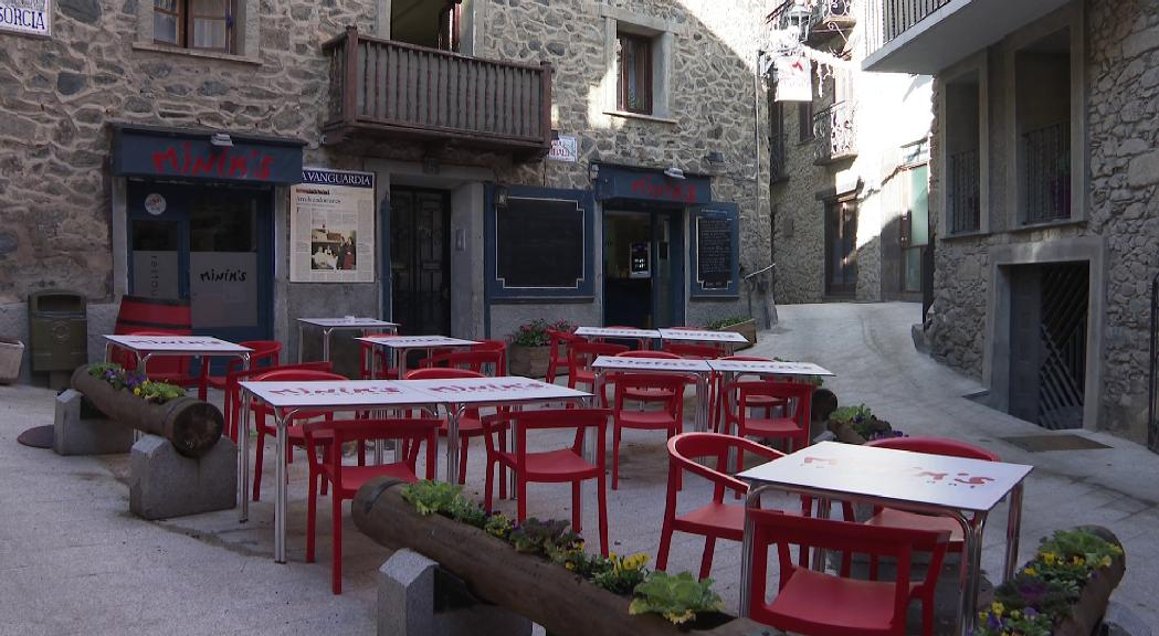 El PS reclama diàleg amb els bars i les cafeteries tancats i més ajudes per donar-los suport