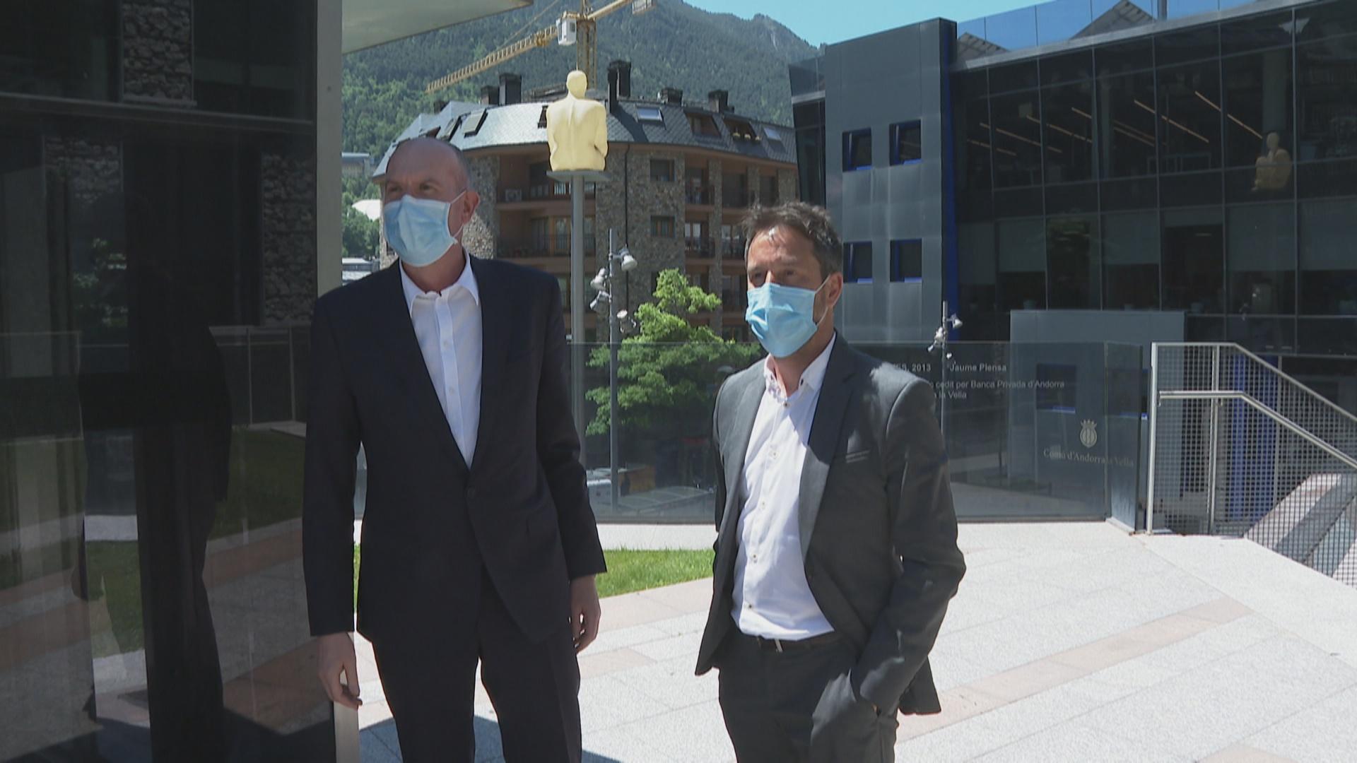 El PS trasllada a l'Autoritat Financera Andorrana els neguits de la població sobre les conseqüències de lesfusions bancàries