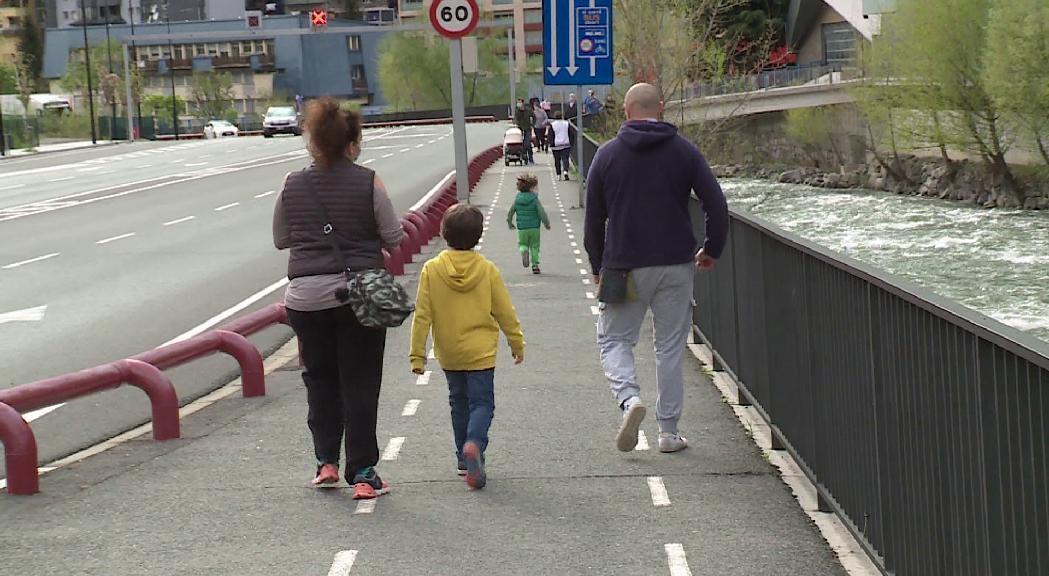 Els psicòlegs detecten infants i adolescents a qui els costa sortir de casa després del confinament