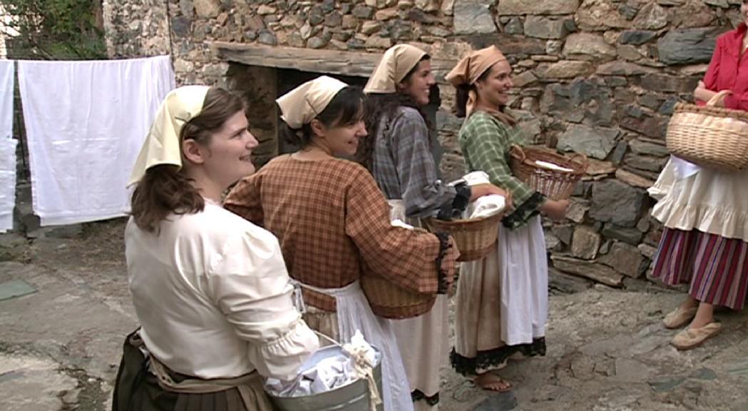 """La quarta edició de """"Turistes i banyistes"""" demana la participació ciutadana"""