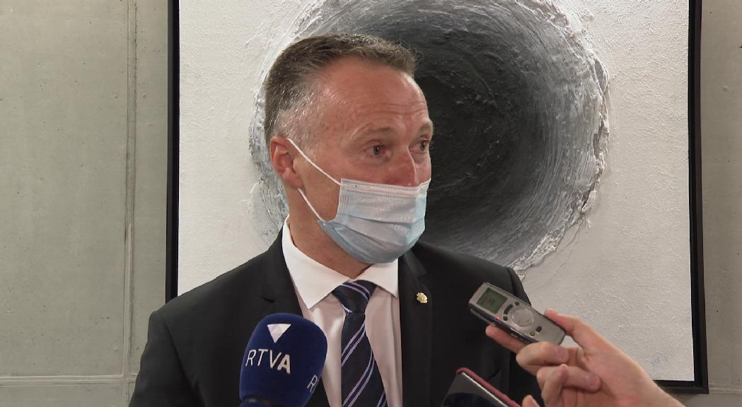 Les reaccions dels grups parlamentaris a l'heliport: bona notícia per a la majoria i Terceravia, però una decepció per al PS