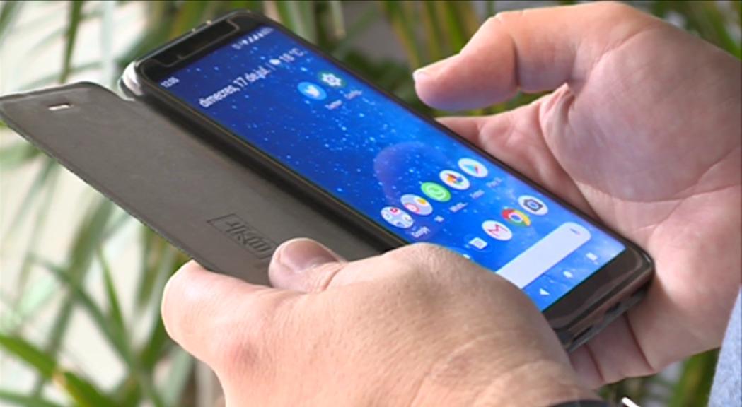 Recomanacions per protegir els mòbils i les dades personals durant les vacances