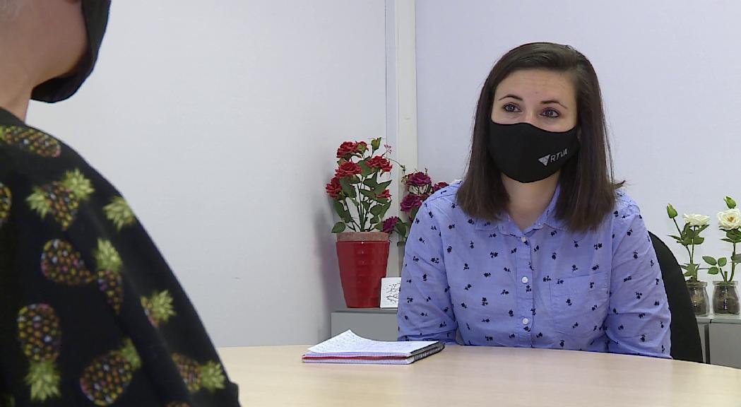 """Reportatge: El missatge d'una víctima a altres dones maltractades, """"cada minut que perds sense denunciar és un minut que perds de llibertat"""""""
