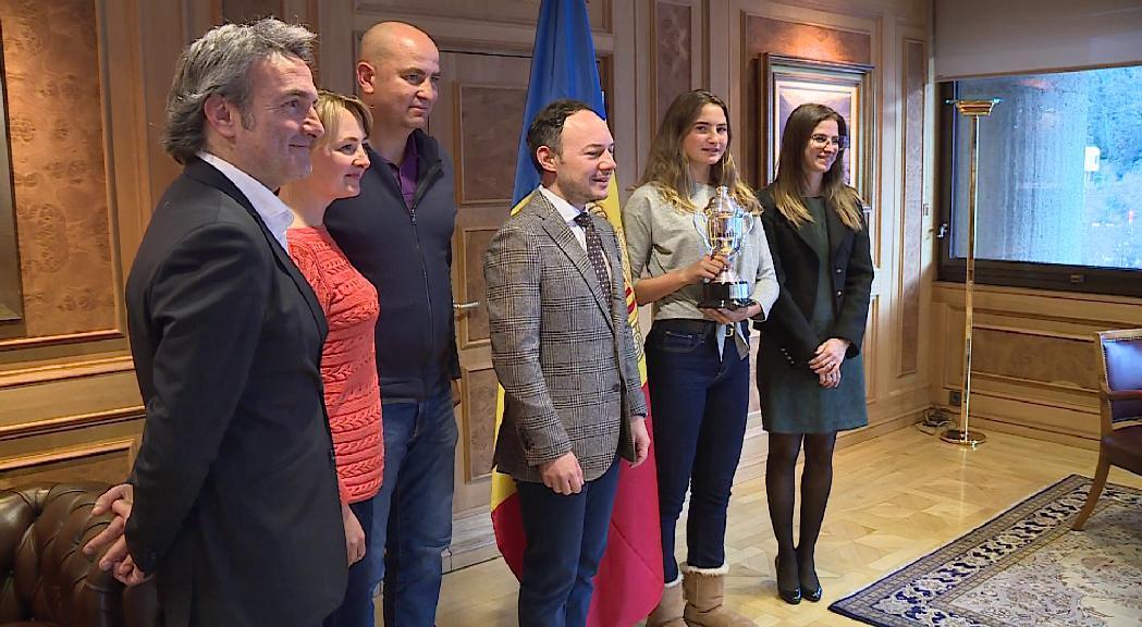 Riva reitera el suport del Govern a Vicky Jiménez i la qualifica d'ambaixadora d'Andorra al món