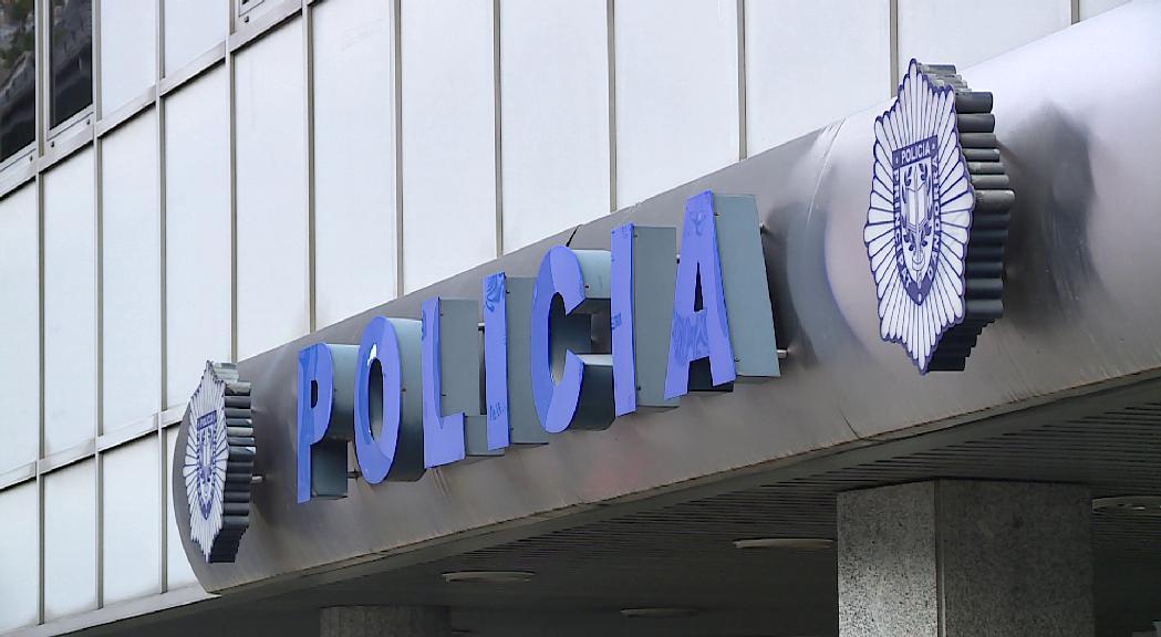 """Ros assegura que la detenció del mestre del María Moliner per abusos sexuals és un """"cas aïllat"""""""
