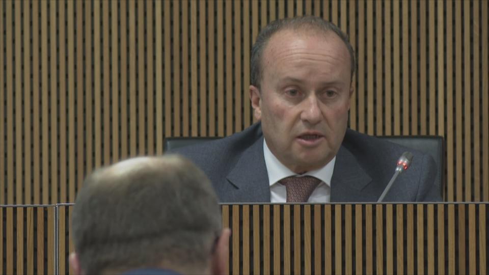 Rossell valora la creació d'una unitat de manteniment de l'ordre a demanda de la policia