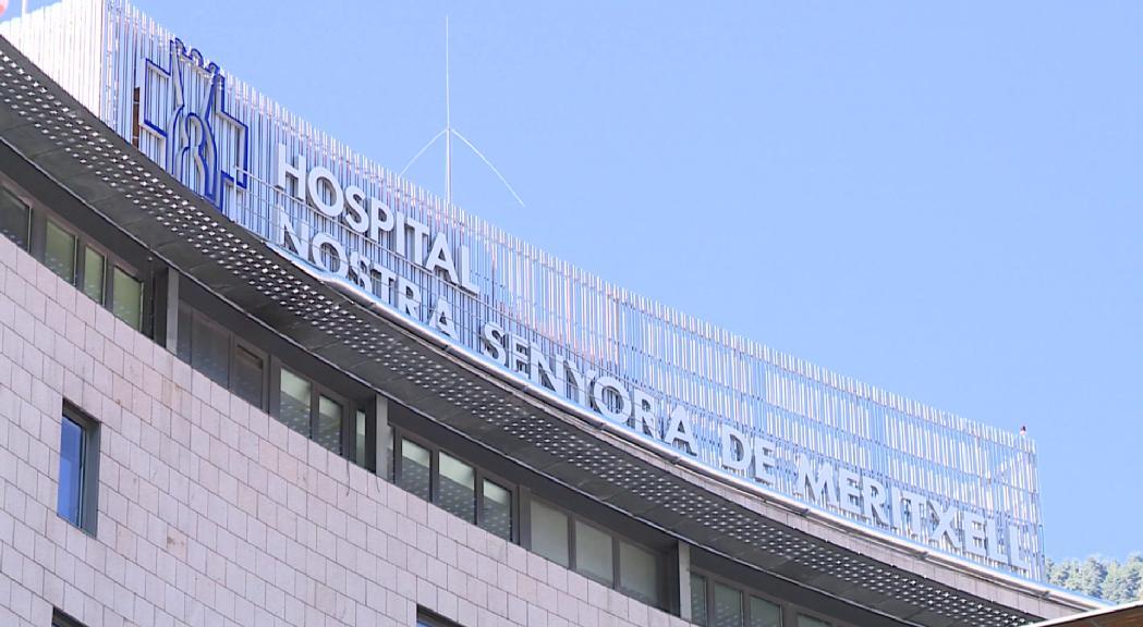 El SAAS activa els protocols de seguretat a l'hospital arran del positiu per coronavirus de set sanitaris i dos pacients