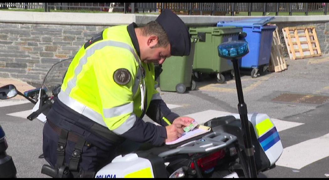 La policia té pendents de cobrament més de 16.000 e