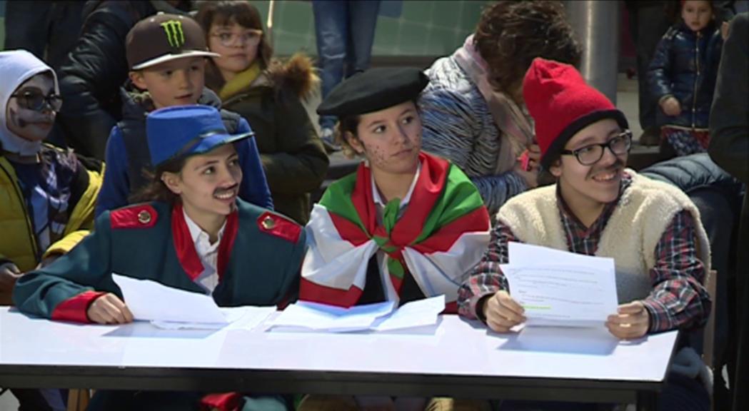 Sant Julià tanca el carnaval amb el judici i crema del Carnestoltes