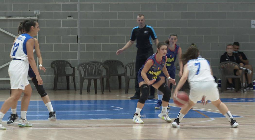 La selecció femenina sub-18 s'enfronta a Xipre en el penúltim partit de l'Europeu C