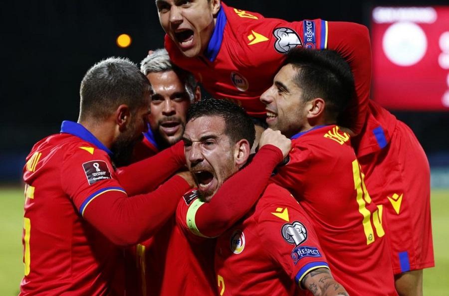 La selecció de futbol fa història a San Marino