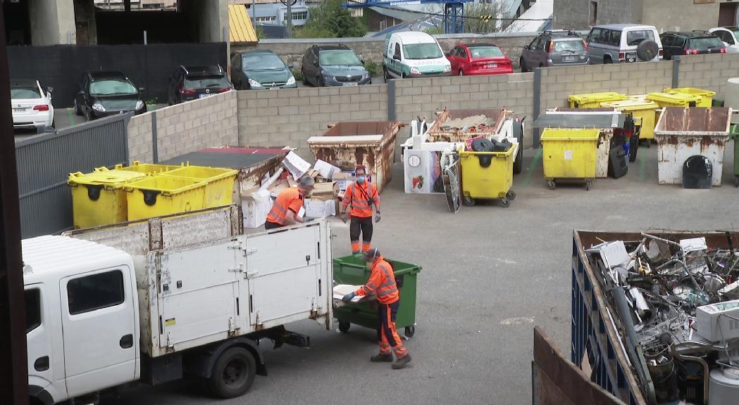 Deixalleries i serveis de recollida de trastos comencen a recuperar la normalitat