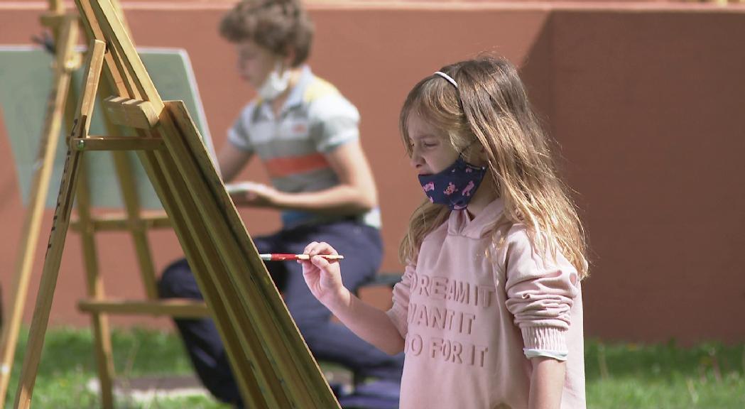 Una sessió de pintura a l'Espai Columba dona el tret de sortida a les activitats amb motiu del Dia Internacional dels Museus